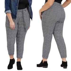 TORRID 1X Plaid Houndstooth Tapered Pants W/ Belt
